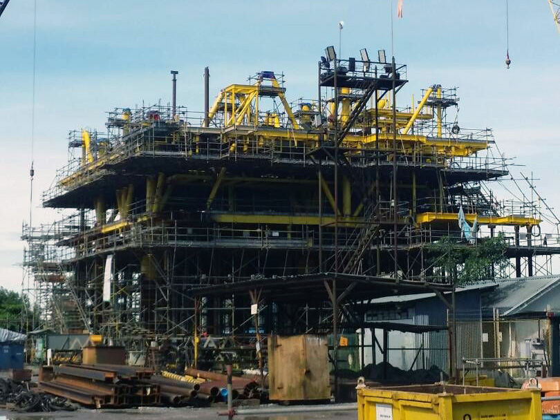 Novafast oil and gas rig construction
